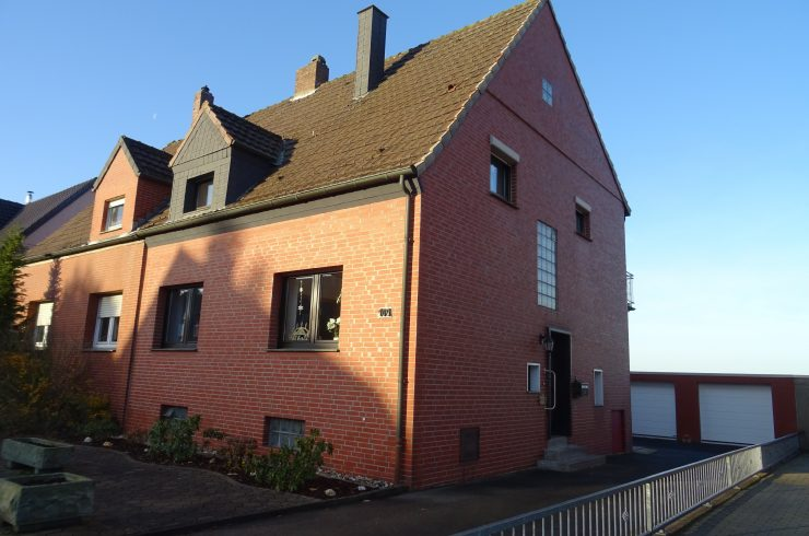 Verkauft: Schöne und sehr gepflegte Doppelhaushälfte mit Doppelgarage in Werne!