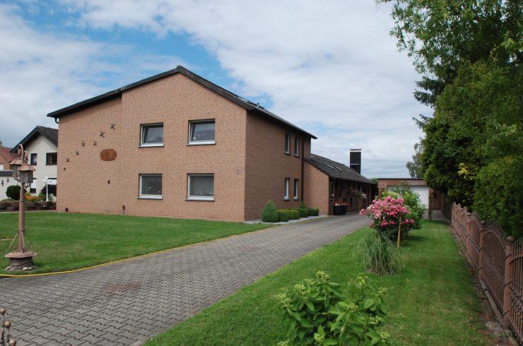 Verkauft!: Großzügiges Zweifamilienhaus mit 2 Appartements auf traumhaftem Grundstück in Hamm!